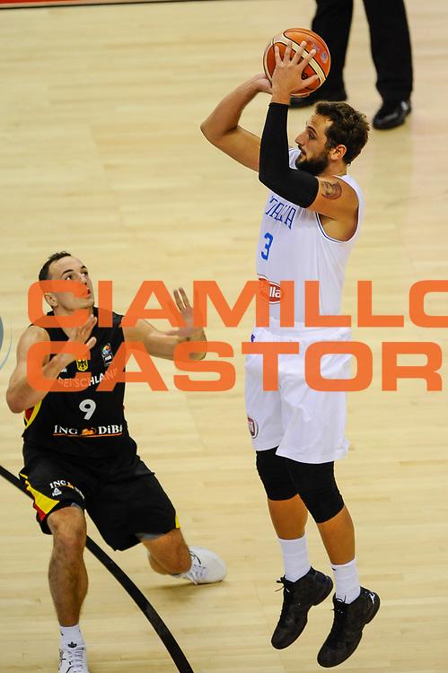 DESCRIZIONE : Berlino Berlin Eurobasket 2015 Group B Germany Germania - Italia Italy<br /> GIOCATORE : Marco Bellinelli<br /> CATEGORIA : Tiro Tre Punti Three Point<br /> SQUADRA : Italia Italy<br /> EVENTO : Eurobasket 2015 Group B<br /> GARA : Germany Italy - Germania Italia<br /> DATA : 09/09/2015<br /> SPORT : Pallacanestro<br /> AUTORE : Agenzia Ciamillo-Castoria/GiulioCiamillo