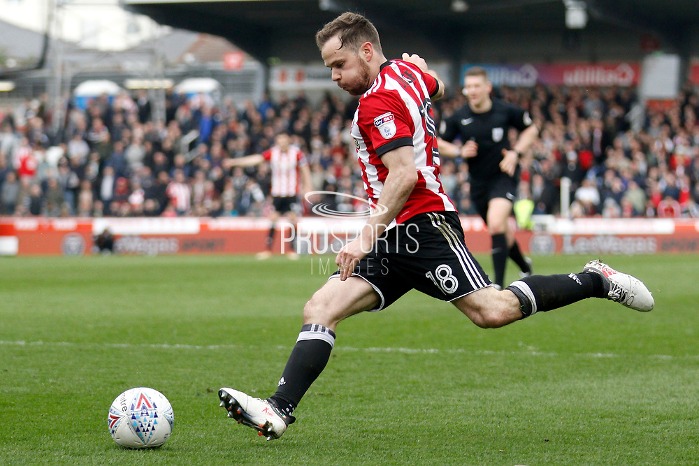 Brentford Midfielder Alan Judge (18) during the EFL Sky Bet Championship match between Brentford and Ipswich Town at Griffin Park, London, England on 7 April 2018. Picture by Andy Walter.