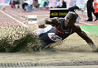 ◊Copyright:<br />GEPA pictures<br />◊Photographer:<br />Hans Simonlehner<br />◊Name:<br />Phillips<br />◊Rubric:<br />Sport<br />◊Type:<br />Leichtathletik<br />◊Event:<br />Internationales Grand Prix Gugl Leichtathletik Meeting 2004<br />◊Site:<br />Linz, Austria<br />◊Date:<br />02/08/04<br />◊Description:<br />Dwight Phillips (USA)<br />◊Archive:<br />DCSSL-020804606<br />◊RegDate:<br />02.08.2004<br />◊Note:<br />8 MB - KI/KI