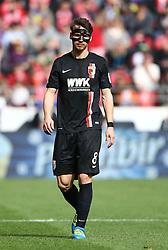 02.04.2016, Coface Arena, Mainz, GER, 1. FBL, 1. FSV Mainz 05 vs FC Augsburg, 28. Runde, im Bild Markus Feulner (FC Augsburg) mit Maske // during the German Bundesliga 28th round match between 1. FSV Mainz 05 and FC Augsburg at the Coface Arena in Mainz, Germany on 2016/04/02. EXPA Pictures © 2016, PhotoCredit: EXPA/ Eibner-Pressefoto/ Neis<br /> <br /> *****ATTENTION - OUT of GER*****