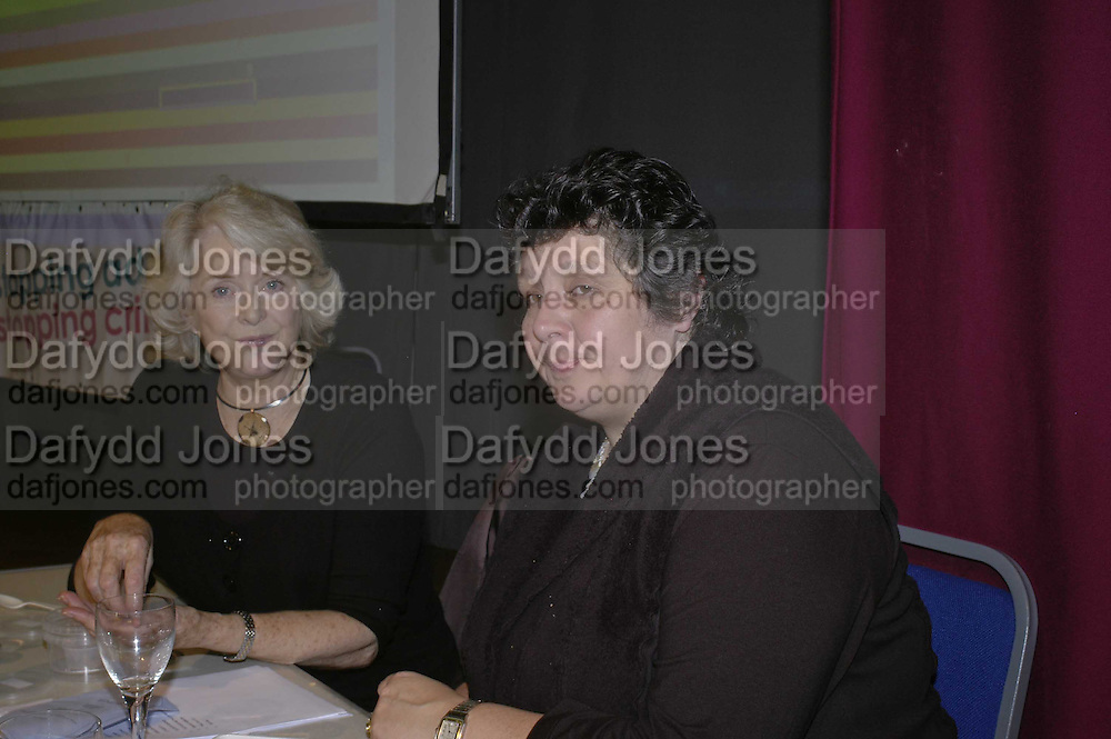 Judith Keppel and Fi Cotter,  THE RAPT QUIZ, 13 November  2006, Hammersmith Town Hall. ONE TIME USE ONLY - DO NOT ARCHIVE  © Copyright Photograph by Dafydd Jones 66 Stockwell Park Rd. London SW9 0DA Tel 020 7733 0108 www.dafjones.com