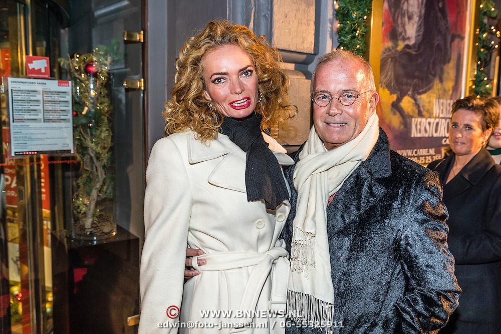 NLD/Amsterdam/20161222 - Première 32ste Wereldkerstcircus, Patty Wakker en partner Joan Thierry