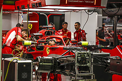 September 13, 2018 - Singapore, Singapore - Motorsports: FIA Formula One World Championship 2018, Grand Prix of Singapore, .Mechanics of Scuderia Ferrari  (Credit Image: © Hoch Zwei via ZUMA Wire)