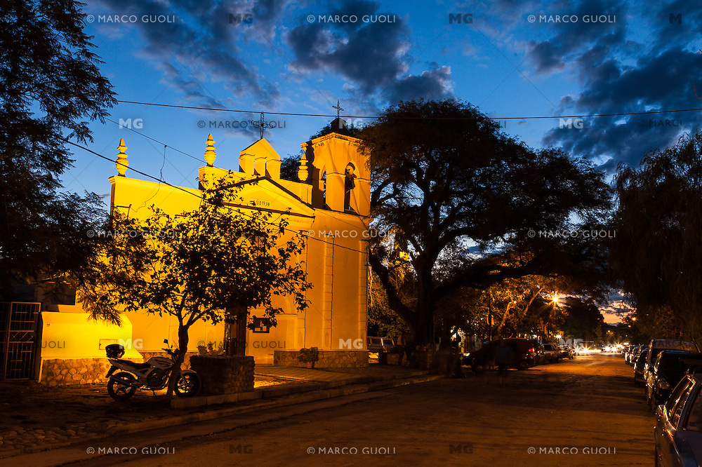 IGLESIA DE SAN MARCOS SIERRAS, PROVINCIA DE CORDOBA, ARGENTINA (PHOTO © MARCO GUOLI - ALL RIGHTS RESERVED)