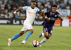 2018?8?10?.    ????????——???????????.    8?10?????????????????????????????.    ????2018-2019??????????????????????4?0??????.    ????????·????...(SP)FRNACE-PARIS-FOOTBALL-LIGUE 1-MARSEILLE VS TOULOUSE..(180810) -- MARSEILLE, Aug. 10, 2018  Dimitri Payet (L) of Marseille vies with Manuel Garcia of Toulouse during their match of French Ligue 1 2018-19 season 1st round in Marseille, France on Aug. 10, 2018. Marseille won 4-0 at home.  49738 (Credit Image: © Fabien Galau/Xinhua via ZUMA Wire)
