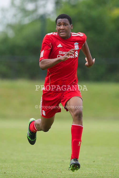 KIRKBY, ENGLAND - Friday, May 6, 2011: Liverpool's Henoc Mukendi in action against Wolverhampton Wanderers during the FA Academy Under 18s League at the Kirkby Academy. (Photo by David Rawcliffe/Propaganda)
