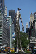 """""""Looking Up"""" a sculpture by Tom Friedman (height: 33.3 feet)"""
