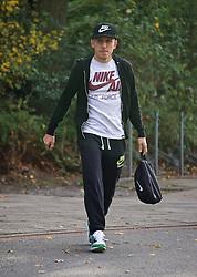 27.10.2014, Trainingscenter, Bremen, GER, 1. FBL, SV Werder Bremen, Training, im Bild Levent Aycicek (SV Werder Bremen #21) auf dem Weg vom Parkplatz zur Kabine // during a Trainingssession of German Bundesliga Club SV Werder Bremen at the Trainingscenter in Bremen, Germany on 2014/10/27. EXPA Pictures © 2014, PhotoCredit: EXPA/ Andreas Gumz<br /> <br /> *****ATTENTION - OUT of GER*****