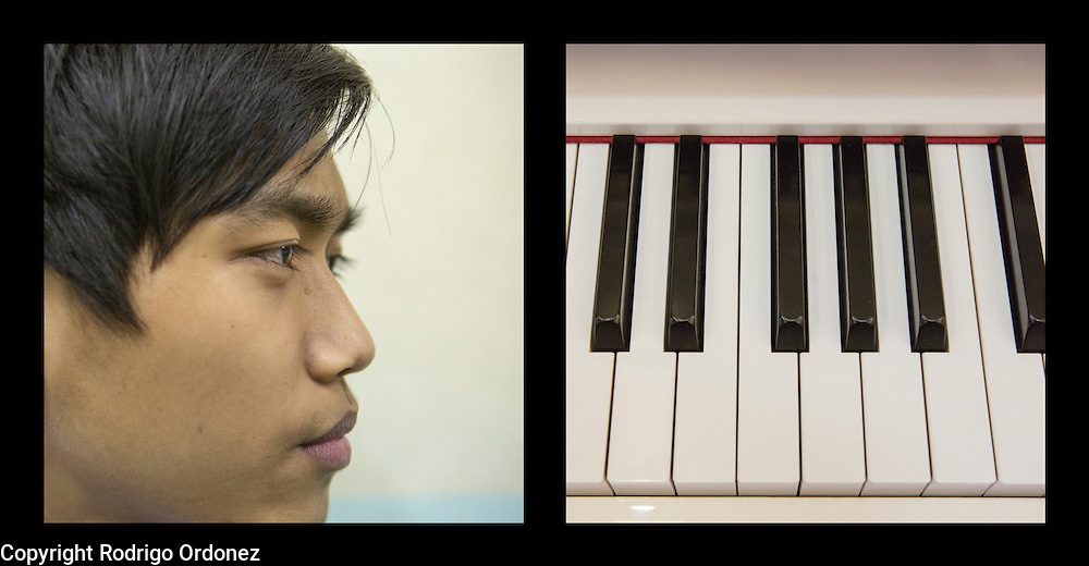 """""""In my free time, I like playing piano and guitar."""""""