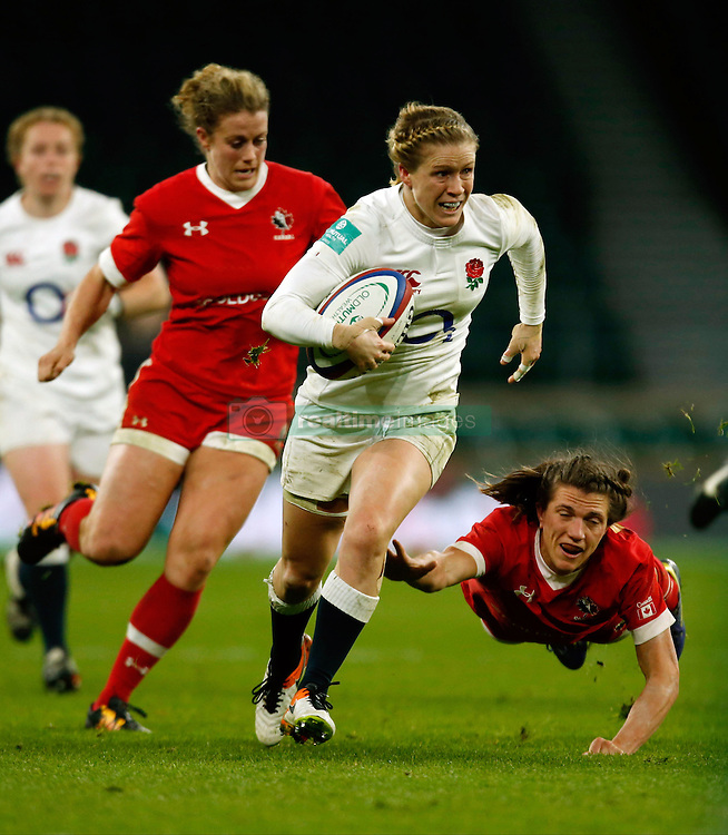 England's Danielle Waterman runs through to score a try during the Old Mutual Wealth Series match at Twickenham Stadium, London.