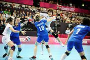 DESCRIZIONE : Handball Jeux Olympiques Londres Quart de Finale<br /> GIOCATORE : Ryu Hee<br /> SQUADRA : Coree Femme<br /> EVENTO : Handball Jeux Olympiques<br /> GARA : Coree Russie<br /> DATA : 07 08 2012<br /> CATEGORIA : handball Jeux Olympiques<br /> SPORT : HANDBALL<br /> AUTORE : JF Molliere <br /> Galleria : France JEUX OLYMPIQUES 2012 Action<br /> Fotonotizia : France Handball Femme Jeux Olympiques Londres Quart de Finale Copper Box<br /> Predefinita :