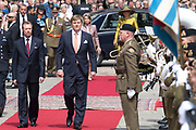 Staatsbezoek aan Luxemburg dag 1 / State visit to Luxembourg day 1<br /> <br /> Op de foto / On the photo: Welkomstceremonie bij het Palais Grand-Ducal met Koning Willem Alexander en koningin Maxima met Groothertog Henri en Groothertogin Maria Teresa / Welcome ceremony at the Palais Grand-Ducal with King Willem Alexander and Queen Maxima with Grand Duke Henri and Grand Duchess Maria Teresa