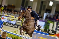 MUFF Werner (SUI), Flying Rocky<br /> Frankfurt - Festhallen Reitturnier 2019<br /> Preis der Lufthansa Cargo AG<br /> 1. Qualifikation der Youngster Tour: Int. Zwei-Phasen-Springprüfung für 7-8 jährige Pferde (1,35m)<br /> 20. Dezember 2019<br /> © www.sportfotos-lafrentz.de/Stefan Lafrentz