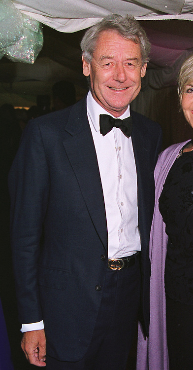MR DAVID MAY the yacht designer, at a ball in London on 30th June 1999. MTZ 33 MO