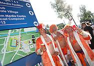 21-06-2008: Voetbal: Nederland-Rusland: Basel <br /> Oranje supporters voorafgaand aan het duel oranje en uitgelaten<br /> Foto: Geert van Erven