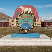 Pyramiden is located at 78 degrees 39 minutes North, only 800 miles from the North Pole.