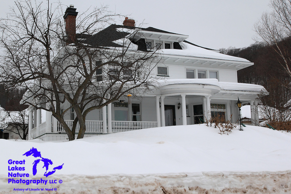 One example of the many beautiful Upper Peninsula homes. So many of these houses, which were built in the early 1900s, are still in place, and receiving wonderful care from their owners.