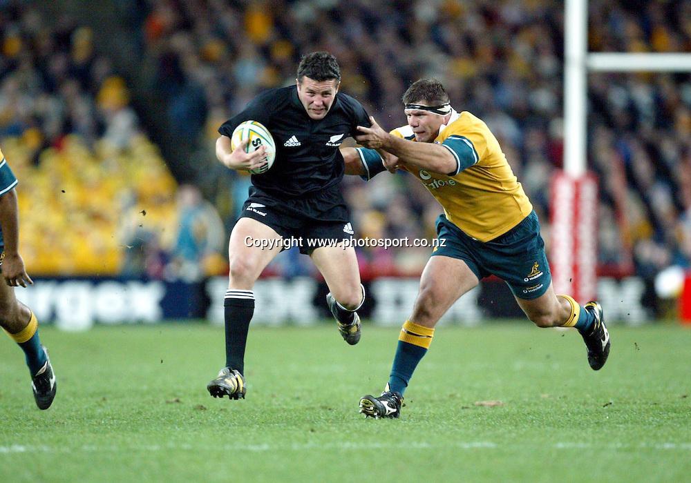 26th July, 2003. Telstra Stadium, Sydney, Australia. Bledisloe Cup. All Blacks v Wallabies. <br />Aaron Mauger<br />The All Blacks won the match, 50 -21.<br />Pic: Andrew Cornaga/Photosport
