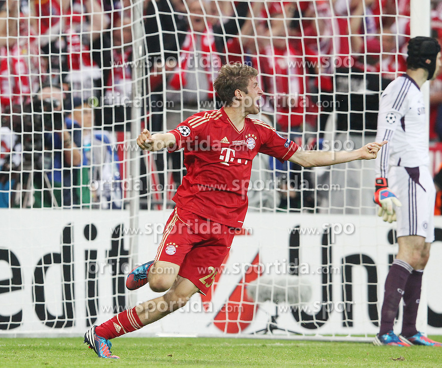 19.05.2012, Allianz Arena, Muenchen, GER, UEFA CL, Finale, FC Bayern Muenchen (GER) vs FC Chelsea (ENG), im Bild Thomas MUELLER (Bayern Muenchen) jubelt nach seinem 1:0 // during the Final Match of the UEFA Championsleague between FC Bayern Munich (GER) vs Chelsea FC (ENG) at the Allianz Arena, Munich, Germany on 2012/05/19. EXPA Pictures © 2012, PhotoCredit: EXPA/ Eibner/ Eckhard Eibner..***** ATTENTION - OUT OF GER *****