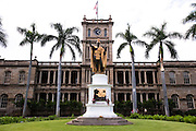 The King Kamehameha statue in front of Ali'iolani Hale in Honolulu.