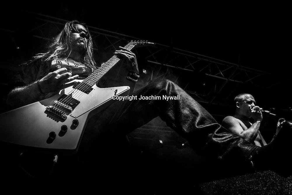 Trollh&auml;ttan 20140712 Folkets Park<br /> Vicious rock festival<br /> Electric Earth<br /> Tommy Scalisi Svensson och Peter Gotlieb<br /> <br /> <br /> FOTO JOACHIM NYWALL KOD:0708840825<br /> COPYRIGHT JOACHIMNYWALL.SE<br /> <br /> ****BETALBILD****<br />  <br /> Redovisas till: <br /> Joachim Nywall<br /> Strandgatan 30<br /> 461 31 Trollh&auml;ttan<br />  Prislista: BLF, om ej annat avtalats