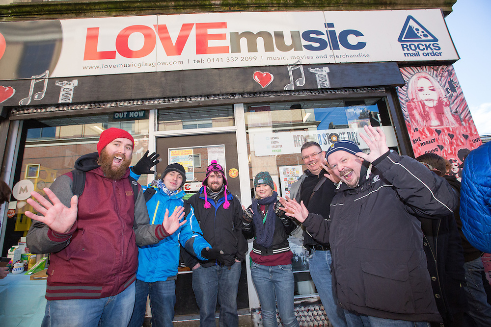 Music fans out in their numbers for Record Store Day. Queues outside the Love Music shop on Dundas Street, Glasgow.  L to R : Andy McKenzie, Paul Storr,  Michael Ross, Claire Thomson, Russell Mowbray and Joe Embleton can't wait to get inside the shop, they had been queueing since 5am. Picture Robert Perry  16th April 2016<br /> <br /> Must credit photo to Robert Perry<br /> FEE PAYABLE FOR REPRO USE<br /> FEE PAYABLE FOR ALL INTERNET USE<br /> www.robertperry.co.uk<br /> <br /> NB -This image is not to be distributed without the prior consent of the copyright holder.<br /> in using this image you agree to abide by terms and conditions as stated in this caption.<br /> All monies payable to Robert Perry<br /> <br /> (PLEASE DO NOT REMOVE THIS CAPTION)<br /> This image is intended for Editorial use (e.g. news). Any commercial or promotional use requires additional clearance. <br /> Copyright 2016 All rights protected.<br /> first use only<br /> contact details<br /> Robert Perry     <br /> 07702 631 477<br /> robertperryphotos@gmail.com<br />        <br /> Robert Perry reserves the right to pursue unauthorised use of this image . If you violate my intellectual property you may be liable for  damages, loss of income, and profits you derive from the use of this image.