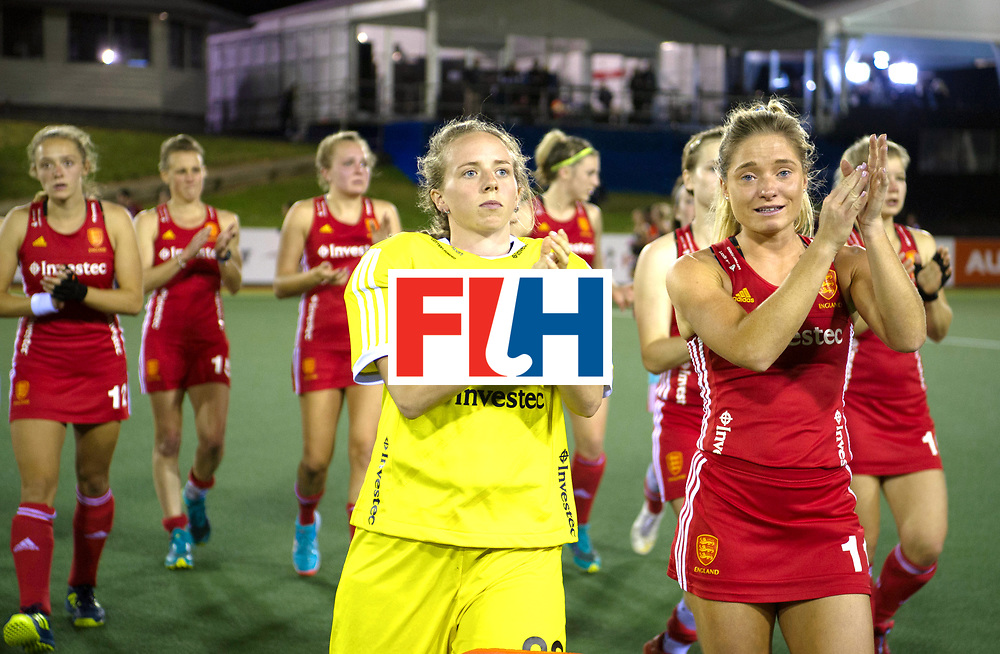 AUCKLAND - Sentinel Hockey World League final women<br /> Match id: 10310<br /> 20 ENG v NZL (Semi Final) 0-1<br /> New Zealand play the final<br /> Foto: Amy Tennant (Gk)   and Suzy Petty thanks the ordian, parents and fans.<br />  WORLDSPORTPICS COPYRIGHT FRANK UIJLENBROEK