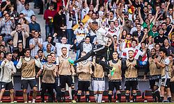26.06.2016, Stade Pierre Mauroy, Lille, FRA, UEFA Euro 2016, Deutschland vs Slowakei, Achtelfinale, im Bild Torjubel Deutschland nach dem 1:0 durch Jerome Boateng (GER) // Goalscorer Jerome Boateng (GER) celebrates his opening Goal during round of 16 match between Germany and Slovakia of the UEFA EURO 2016 France at the Stade Pierre Mauroy in Lille, France on 2016/06/26. EXPA Pictures © 2016, PhotoCredit: EXPA/ JFK