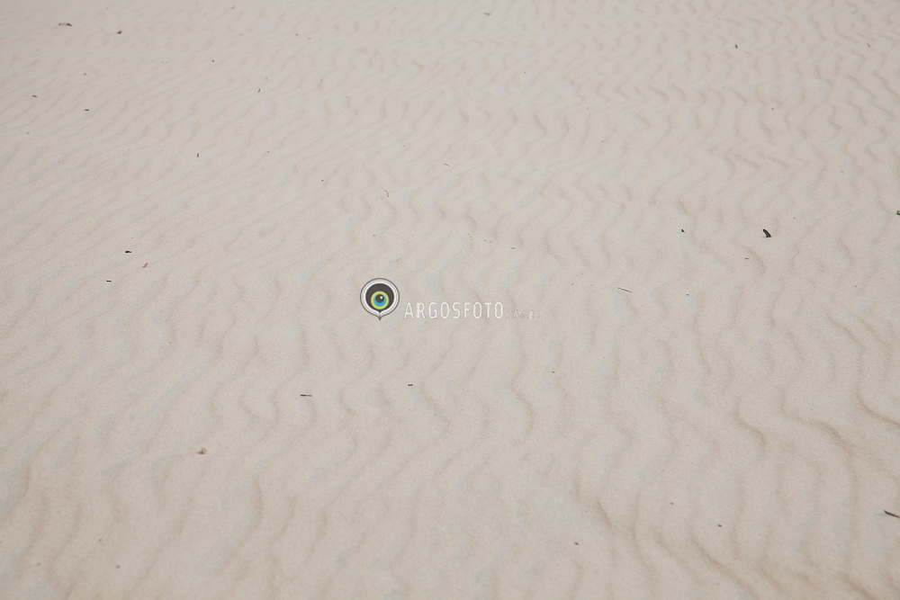 Grafismo em areia em dunas de Natal./ Layout in the sand in Natal Dunes. Rio Grande do Norte, Brasil - 2013