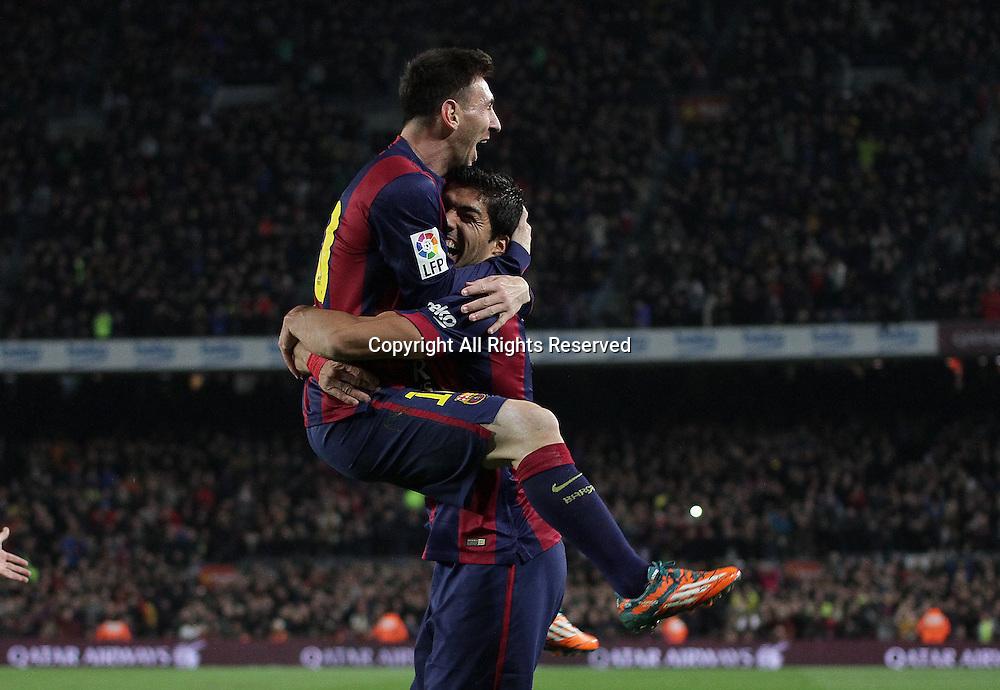11.01.2015. Barcelona, Spain. La liga football. Barcelona versus Atletico Madrid. Suarez (Barca)celebrates his goal with Messi