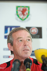 CARDIFF, WALES - Thursday, October 9, 2008: Wales' Under-21 manager Brian Flynn during a press conference at the Vale of Glamorgan Hotel ahead of the UEFA European U21 Championship Play-Off match against England. (Photo by David Rawcliffe/Propaganda)