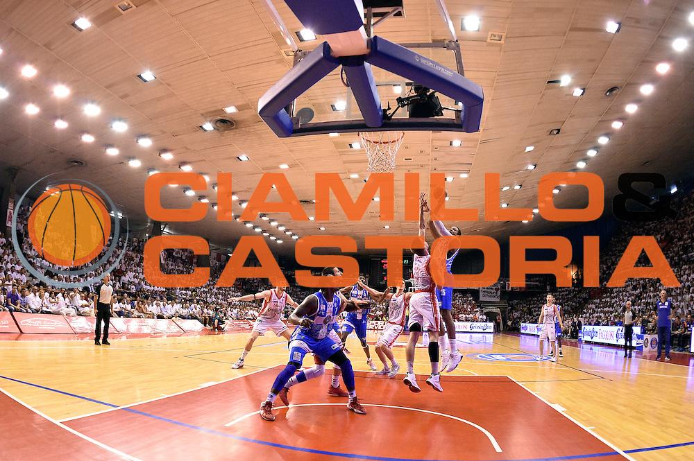 DESCRIZIONE : Campionato 2014/15 Serie A Beko Grissin Bon Reggio Emilia - Dinamo Banco di Sardegna Sassari Finale Playoff Gara7 Scudetto<br /> GIOCATORE : Kenny Kadji<br /> CATEGORIA : tiro gancio<br /> SQUADRA : Banco di Sardegna Sassari<br /> EVENTO : Campionato Lega A 2014-2015<br /> GARA : Grissin Bon Reggio Emilia - Dinamo Banco di Sardegna Sassari Finale Playoff Gara7 Scudetto<br /> DATA : 26/06/2015<br /> SPORT : Pallacanestro<br /> AUTORE : Agenzia Ciamillo-Castoria/GiulioCiamillo<br /> GALLERIA : Lega Basket A 2014-2015<br /> FOTONOTIZIA : Grissin Bon Reggio Emilia - Dinamo Banco di Sardegna Sassari Finale Playoff Gara7 Scudetto<br /> PREDEFINITA :