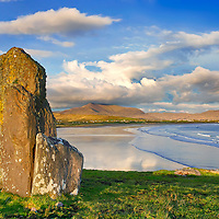 Ancient Megalith at Reenroe Beach with view on Waterville Ireland, Ballinskelligs Co, Kerry / bs031