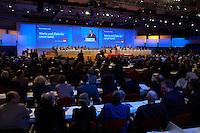 21 MAR 2004, BERLIN/GERMANY:<br /> Uebersicht außerordentlicher SPD Bundesparteitag, waehrend der Rede von Gerhard Schroeder, SPD, Bundeskanzler, Estrel Convention Center<br /> IMAGE: 20040321-01-043<br /> KEYWORDS: Parteitag, party congress, Gerhard Schröder, speech, Übersicht