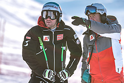 06.02.2019, Aare, SWE, FIS Weltmeisterschaften Ski Alpin, SuperG, Herren, Streckenbesichtigung, im Bild v.l.: Vincent Kriechmayr (AUT), Andreas Puelacher (Sportlicher Leiter ÖSV Ski Alpin Herren) // f.l.: Vincent Kriechmayr of Austria Andreas Puelacher Austrian Ski Association head Coach alpine Men's during the course inspection for the men's Super-G of FIS ski alpine world cup in Aare, Sweden on 2019/02/06. EXPA Pictures © 2019, PhotoCredit: EXPA/ Dominik Angerer