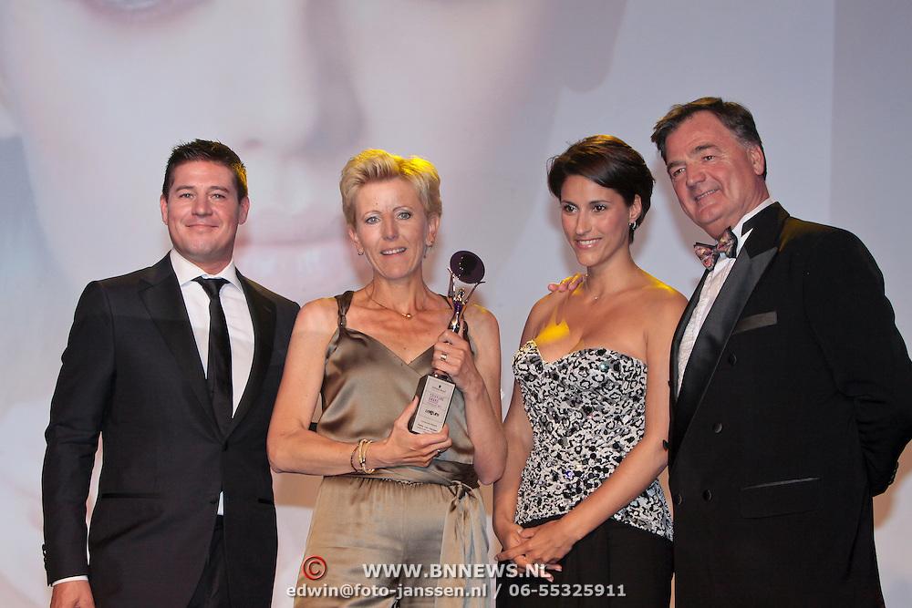 NLD/Amsterdam/20110515 - Coiffure awards 2011, Martijn Krabbe, Hetty van Herpen winnares Consumer Award, Kristina Bozilovic en ...............