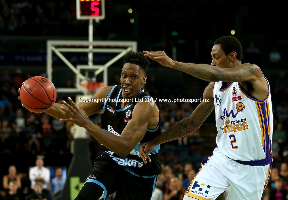 Breakers` Paul Carter is challenged by Kings` Greg Whittington in an ANBL Basketball Match, New Zealand Breakers v Sydney Kings, Vector Arena, Auckland, New Zealand, Friday, January 13, 2017. Copyright photo: David Rowland / www.photosport.nz