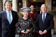 Koningin Beatrix heeft afscheid genomen van Herman Tjeenk Willink als vice-president van de Raad van State.<br /> <br /> Queen Beatrix has said goodbye to Herman Tjeenk Willink as vice-president of the Council of State.<br /> <br /> Op de foto / On the Photo:<br /> <br /> <br /> <br />  v.l.n.r. prins Willem-Alexander , Koningin Beatrix , prinses Maxima en Herman Tjeenk Willink