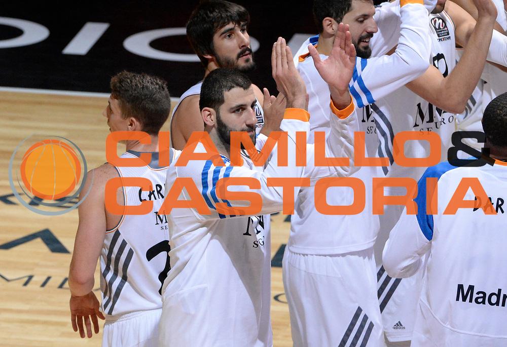 DESCRIZIONE : Milano Eurolega Euroleague 2013-14 Final Four Semifinal Semifinale Fc Barcelona Fc Barcellona Real Madrid<br /> GIOCATORE : Team Real Madrid Ioannis Bourousis<br /> SQUADRA :  Real Madrid<br /> CATEGORIA : esultanza<br /> EVENTO : Eurolega 2013-2014<br /> GARA : Fc Barcelona Fc Barcellona Real Madrid<br /> DATA : 17/05/2014<br /> SPORT : Pallacanestro<br /> AUTORE : Agenzia Ciamillo-Castoria/GiulioCiamillo<br /> Galleria : Eurolega 2013-2014<br /> Fotonotizia : Milano Eurolega Euroleague 2013-14 Final Four Semifinal Semifinale Fc Barcelona Fc Barcellona Real Madrid<br /> Predefinita :