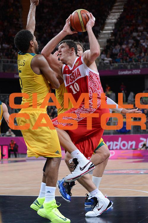 DESCRIZIONE : London Londra Olympic Games Olimpiadi 2012 Men Preliminary Round Australia Russia<br /> GIOCATORE : Viktor Khryapa<br /> CATEGORIA :<br /> SQUADRA : Russia <br /> EVENTO : Olympic Games Olimpiadi 2012<br /> GARA : Australia Russia<br /> DATA : 06/08/2012<br /> SPORT : Pallacanestro <br /> AUTORE : Agenzia Ciamillo-Castoria/M.Marchi<br /> Galleria : London Londra Olympic Games Olimpiadi 2012 <br /> Fotonotizia : London Londra Olympic Games Olimpiadi 2012 Men Preliminary Round Australia Russia<br /> Predefinita :