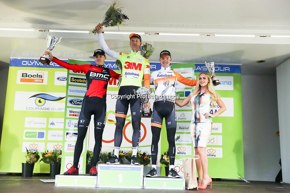02-10-2016: Wielrennen: Olympia Tour: Margraten <br />NOORDBEEK (NED) wielrennen  <br />Eindpodium Olympia Tour 2016 winnaar Cees Bol (NED) tweede Pavel Sivakov (RUS) en derde Hartijs de Vries (NED)