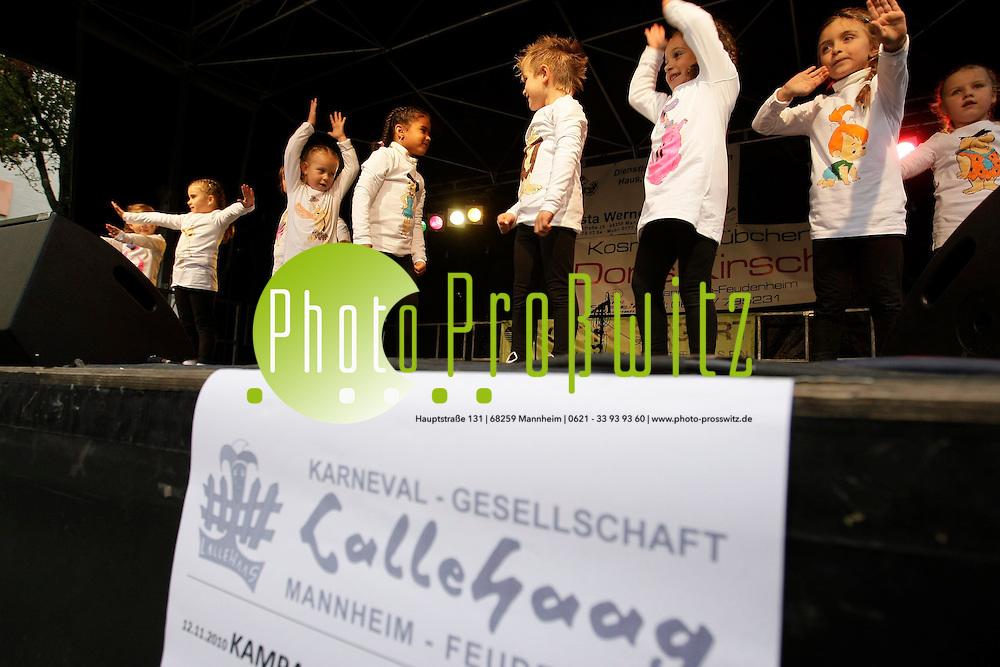 Mannheim. Feudenheim. Kerwe. Umzug durch die Hauptstrafle mit der Kerweschlumbl zum Rathaus.<br /> - KG Lallehaag<br /> <br /> Bild: Markus Proflwitz / masterpress /   *** Local Caption *** masterpress Mannheim - Pressefotoagentur<br /> Markus Proflwitz<br /> Hauptstrafle 131<br /> 68259 MANNHEIM<br /> +49 621 33 93 93 60<br /> info@masterpress.org<br /> Dresdner Bank<br /> BLZ 67080050 / KTO 0650687000<br /> DE221362249