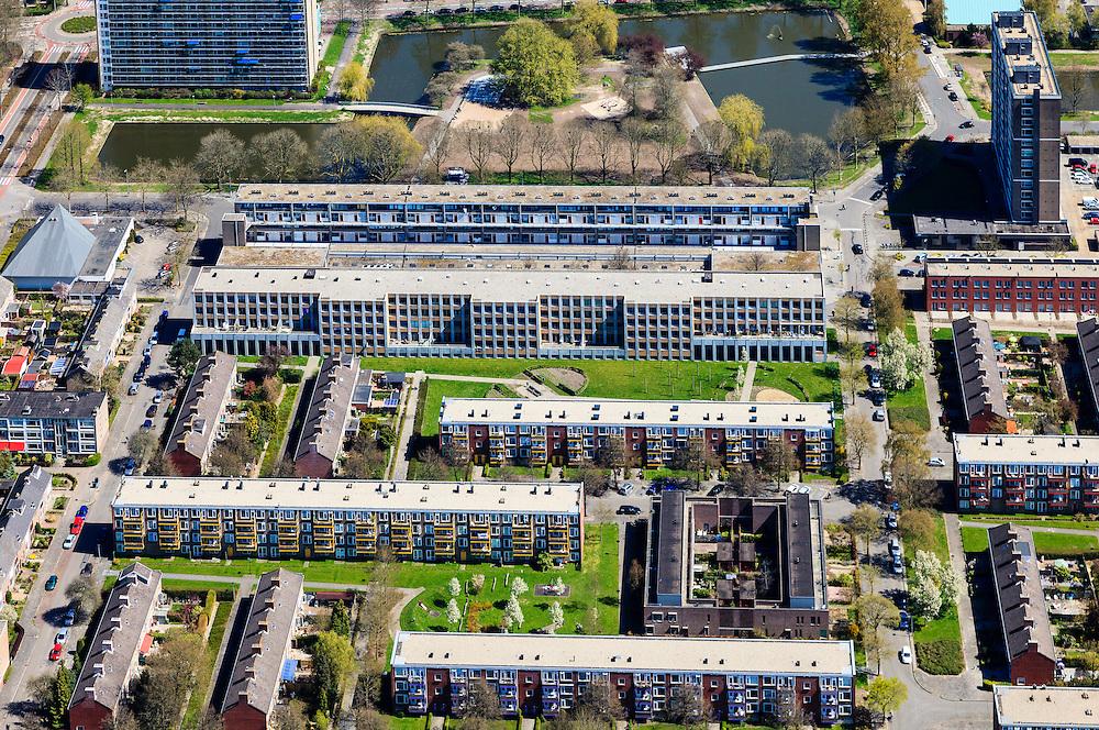 Nederland, Groningen, Groningen, 01-05-2013; De Wijert Noord. Rationele woonwijk uit de wederopbouwperiode. Karakteristieke afwisseling tussen (open) bebouwing en groene ruimtes. De verschillende soorten huizen herhalen zich (herhaalbare module van de wooneenheid ofwel stempels).<br /> New residential area in Groningen built during the period of Reconstruction after World War II . Characteristic alternation between (open) built-up area and green spaces. Rationalistic architecture.<br /> luchtfoto (toeslag op standard tarieven)<br /> aerial photo (additional fee required)<br /> copyright foto/photo Siebe Swart