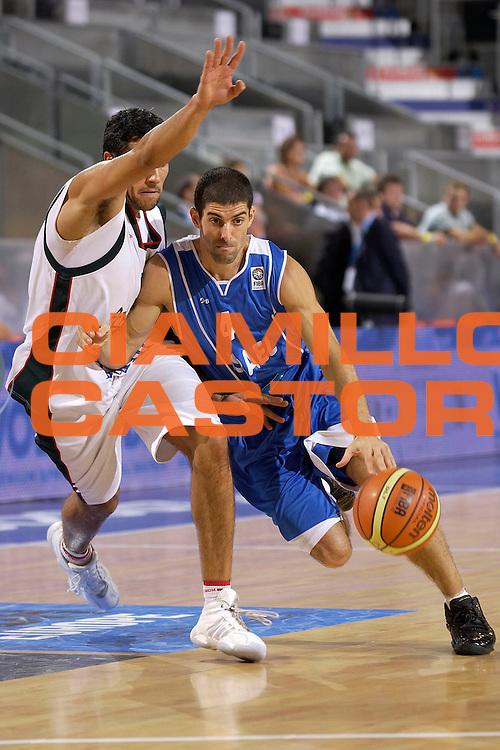 DESCRIZIONE : Madrid Spagna Spain Eurobasket Men 2007 Qualifying Round Portogallo Israele Portugal Israel <br /> GIOCATORE : Dror Hagag <br /> SQUADRA : Israele Israel <br /> EVENTO : Eurobasket Men 2007 Campionati Europei Uomini 2007 <br /> GARA : Portogallo Israele Portugal Israel <br /> DATA : 09/09/2007 <br /> CATEGORIA : Penetrazione <br /> SPORT : Pallacanestro <br /> AUTORE : Ciamillo&amp;Castoria/JF.Molliere <br /> Galleria : Eurobasket Men 2007 <br /> Fotonotizia : Madrid Spagna Spain Eurobasket Men 2007 Qualifying Round Portogallo Israele Portugal Israel <br /> Predefinita :