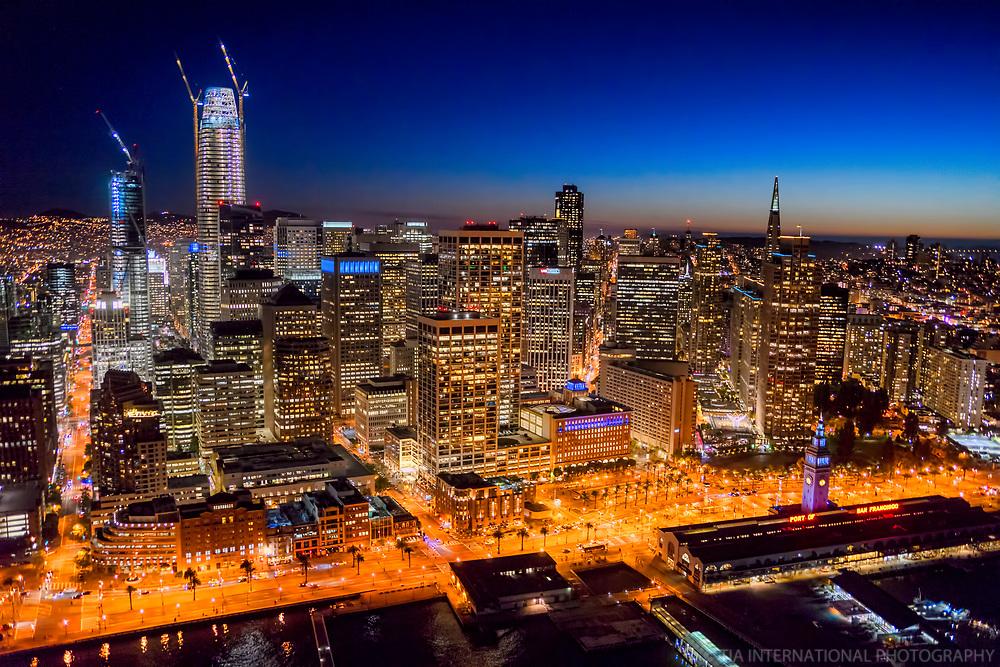 San Francisco Skyline & Ferry Building Marketplace, Embarcadero