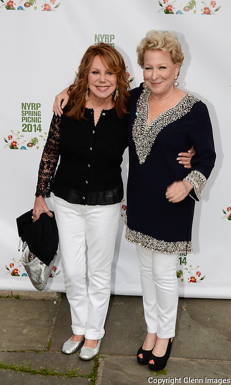 05/29/14 New York City ,  / Bette Midler, and Marlo Thomas at Bette Midler's NYRP 13th Annual Spring Picnic /
