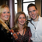 NLD/Amsterdam/20100310 - Presentatie van de 4de editie van het blad Helden, TiM Koeman en zus Debby Koeman en Anouk Hoogendijk