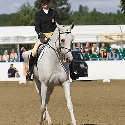 Ginny Howe and Divilabit   Express Eventing 2010