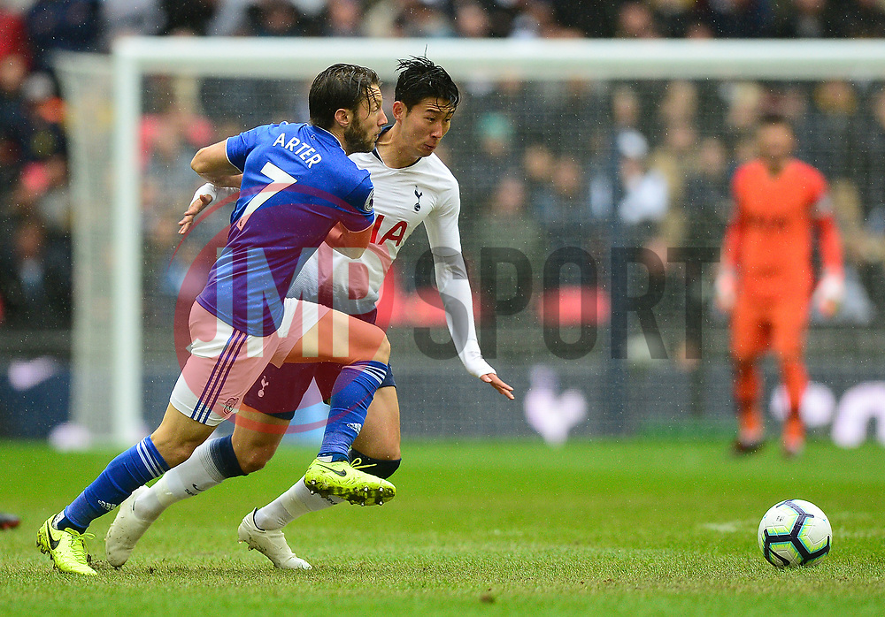 Son Heung-Min of Tottenham Hotspur battles for the ball with Harry Arter of Cardiff City - Mandatory by-line: Alex James/JMP - 06/10/2018 - FOOTBALL - Wembley Stadium - London, England - Tottenham Hotspur v Cardiff City - Premier League