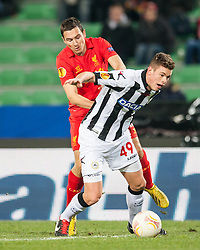 06.12.2012, Stadio Friuli, Udine, ITA, UEFA EL, Udinese Calcio vs FC Liverpool, Gruppe A, im Bild Stewart Downing (# 19, Liverpool FC), Jack Robinson (# 49, Liverpool FC) // during the UEFA Europa League group A match between Udinese Calcio and Liverpool FC at the Stadio Friuli, Udinese, Italy on 2012/12/06. EXPA Pictures © 2012, PhotoCredit: EXPA/ Juergen Feichter